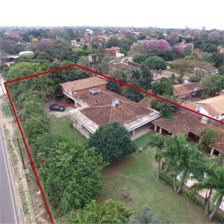 Excelente propiedad 8.463 m² - 1