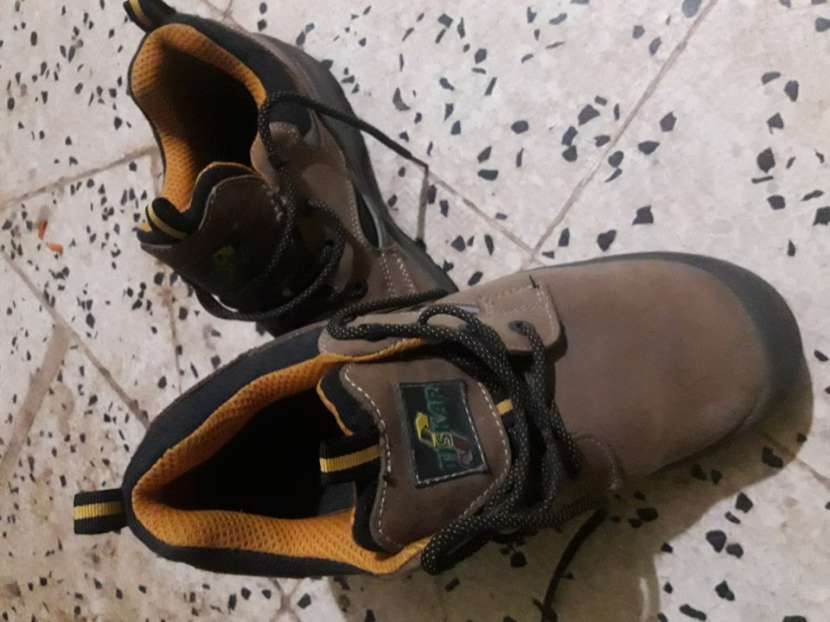 Calzado de seguridad Tiskar
