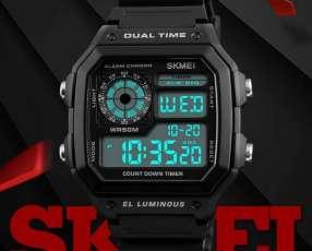 Reloj deportivo resistente al agua SKMEI