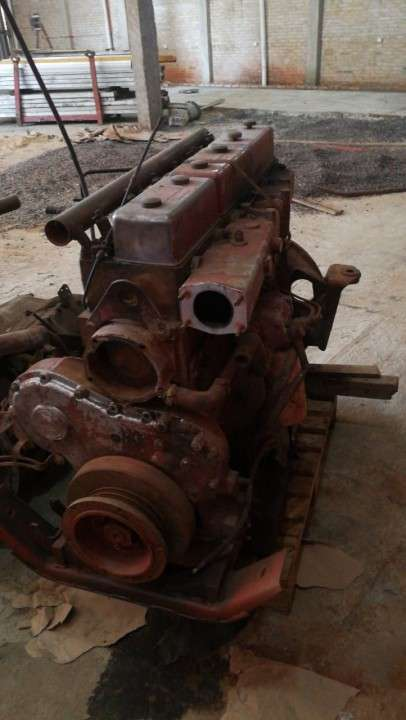 Motor Iveco 210hp
