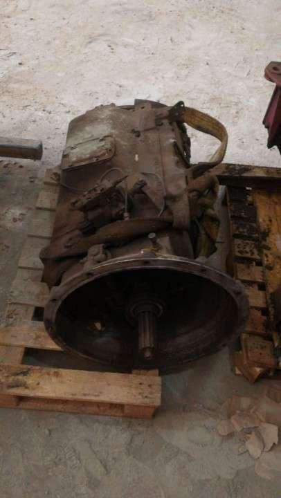 Motor y caja Volvo F12 385 turbo intercooler
