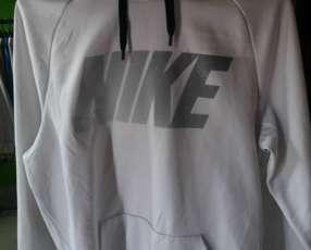 Canguro Nike talle Pequeño Original