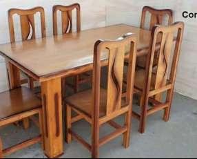 Comedor, mesa y 6 sillas de madera