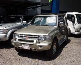 Mitsubishi Montero corta 1999 motor 2.5 turbo diésel 4x4