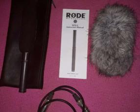 Micrófono direccional Boon RODE, con Felpudo y cable canon