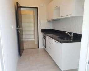 Apartamento 2 dormitorios 2 baños y cochera 110 m2 zona Mcal López
