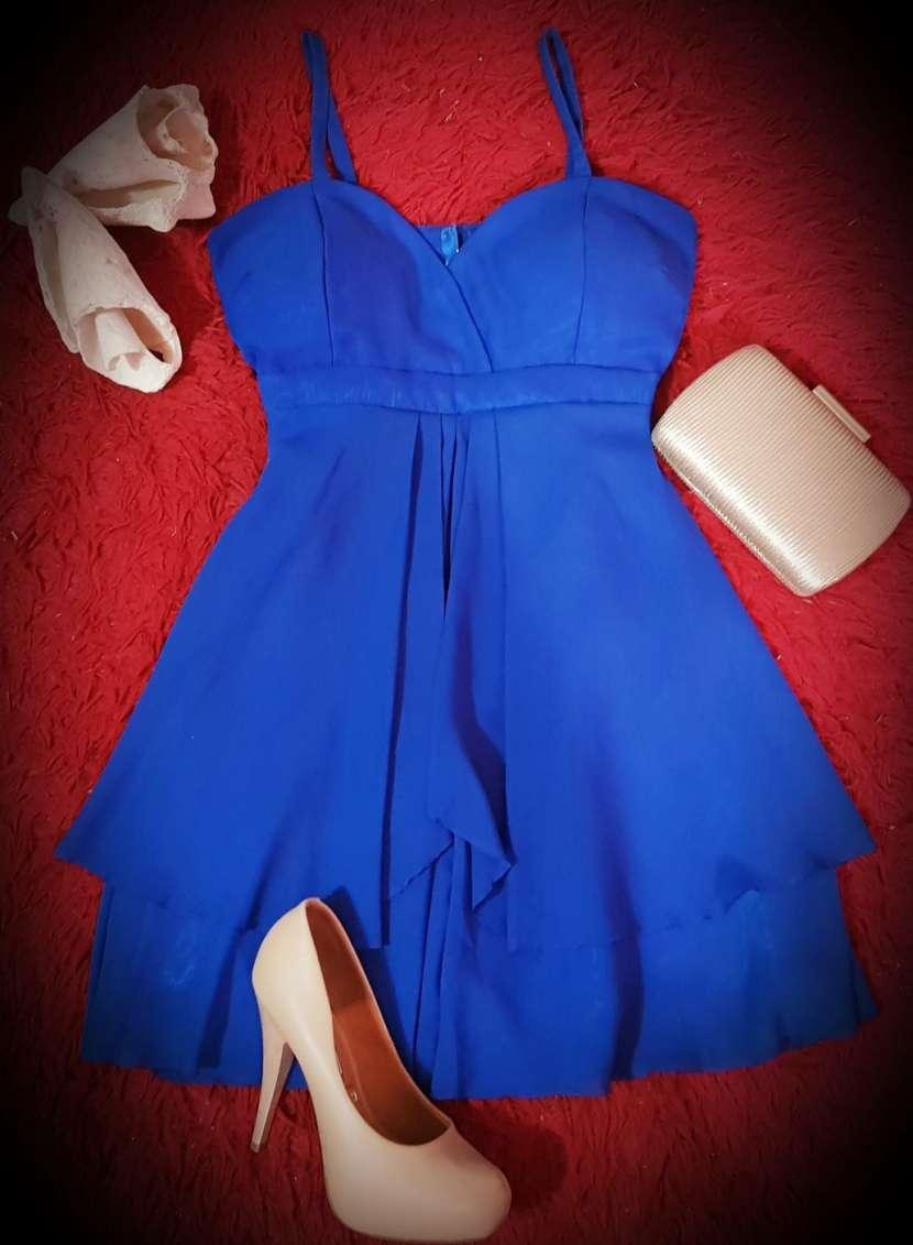 Vestido corto elegante - 0