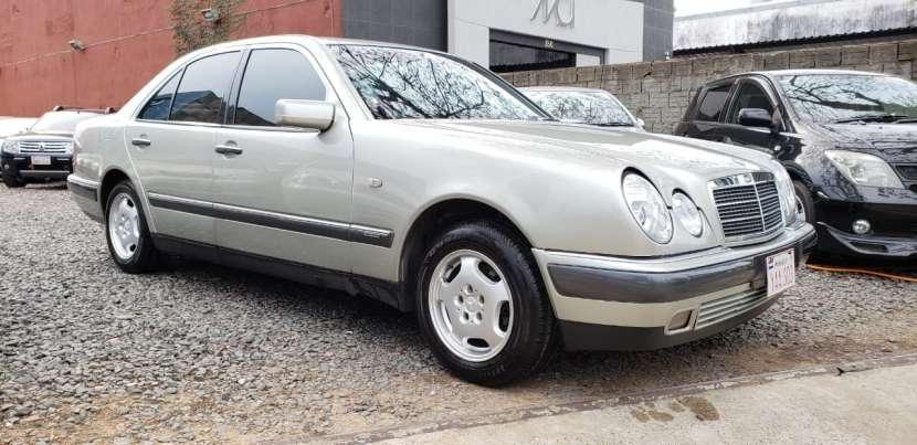 Mercedes Benz E290 1998 champagne
