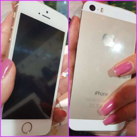 iPhone 5s de 16 gb en caja más protectores y monopod para selfies de regalo - 0