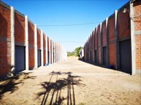 Depósitos en complejo logístico en Asunción