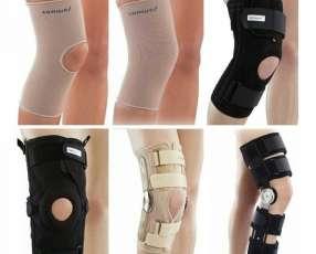 Rodillera elástica o articulada con soporte lateral