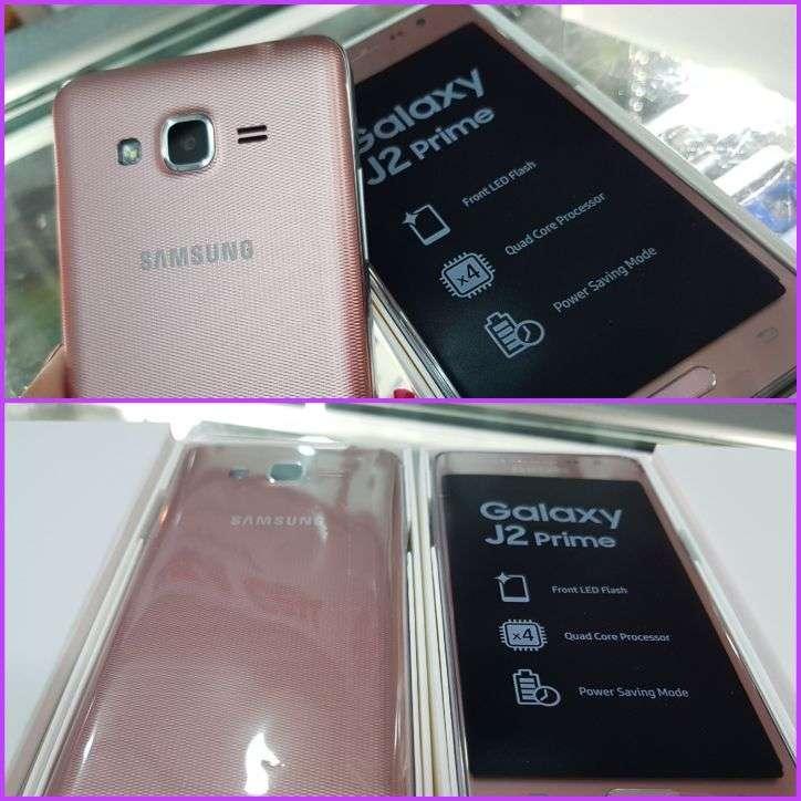 Samsung Galaxy J2 Prime nuevo más protectores - 0