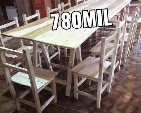 Tablón con 12 sillas
