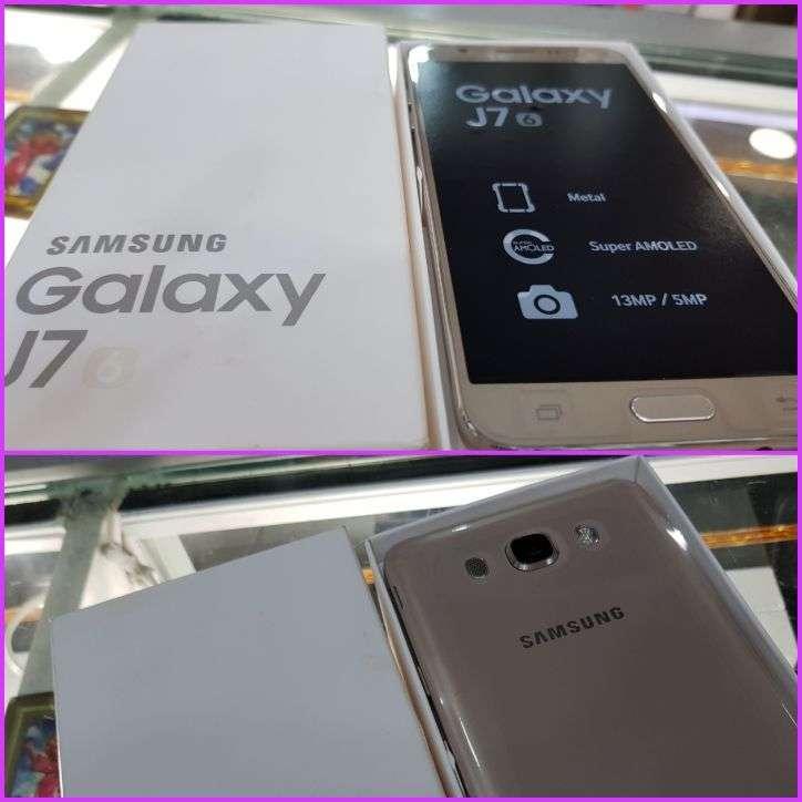 Samsung Galaxy J7 2016 nuevo en caja - 0