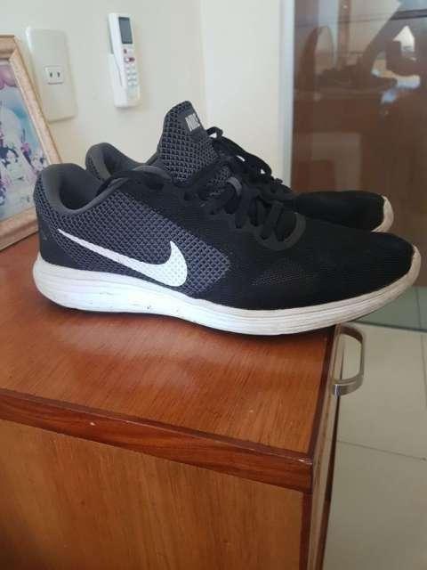 Calzado Nike Run Revolución
