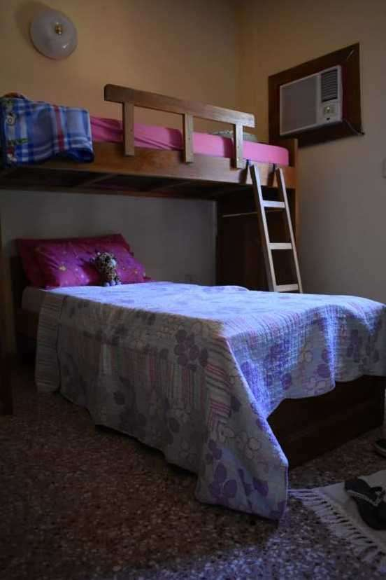 Dos camas de una plaza - 0