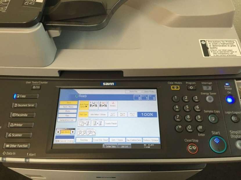 Fotocopiadora RICOH MP 2852 B&N de 28 páginas por minuto - 0