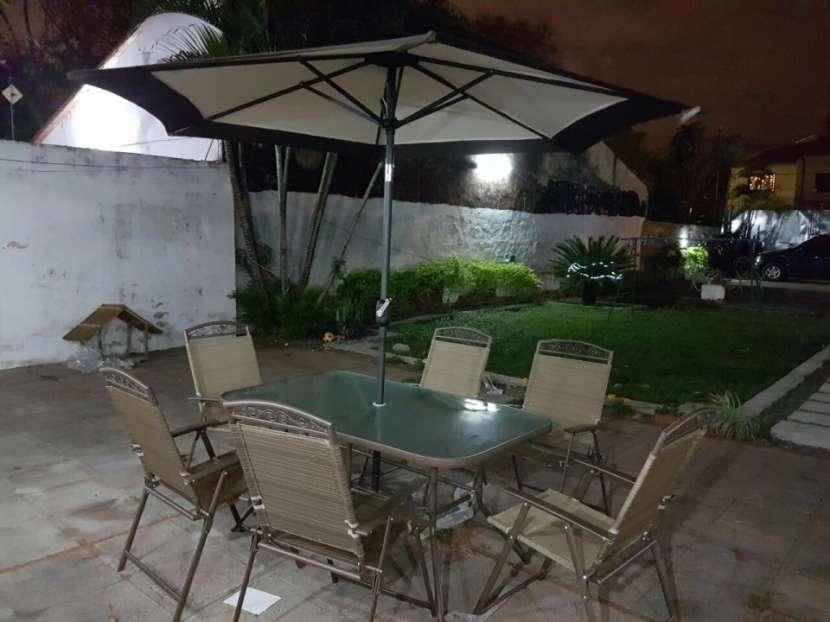 Muebles de jardin americano con sombrilla - 0