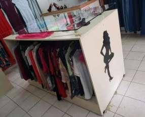 Mueble de ropas para boutique