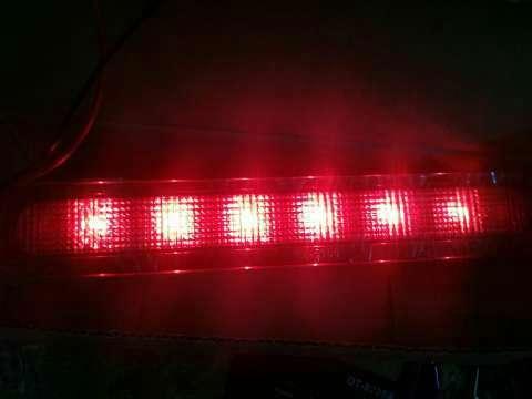 Tercera luz de freno para Toyota Hilux