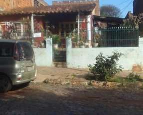 Casa barrio Mburicao