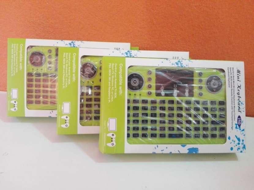 Mini Teclado I10 compatible con Smart Tv Tv Box Pc y Notebook - 0