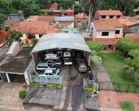 Casa con tinglado en San Lorenzo