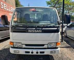 Nissan Atlas 1995