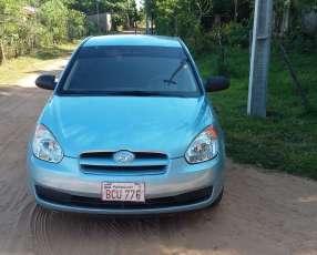 Hyundai Accent hatchback 2008 motor 1.6 naftero automático