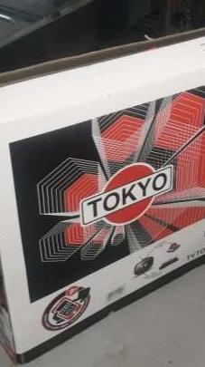 Televisor Tokyo de 55 pulgadas - 0