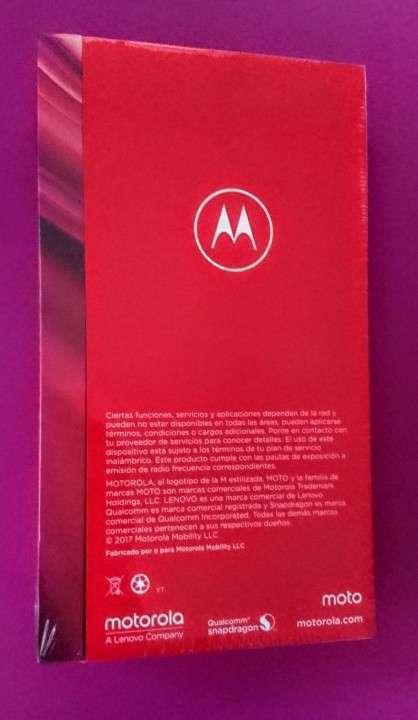 Motorola Moto Z2 Play 64 gb nuevos - 1