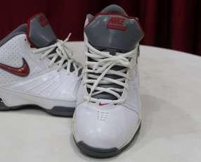 Botín Nike Air Visi Pro 2 calce 44