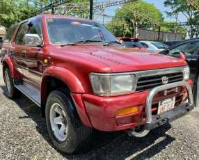 Toyota Hilux Surf 1992 motor 2.5 diésel mecánico
