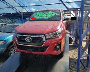 Toyota Hilux 2019 motor 2.8 turbo diésel intercooler automático 4x4 0km