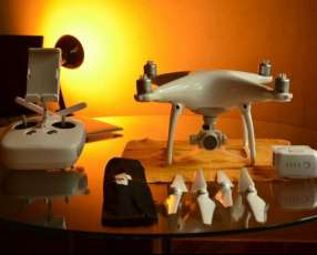 Drone DJI Phantom 4 + iPad Air