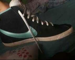 Botita Nike calce 38