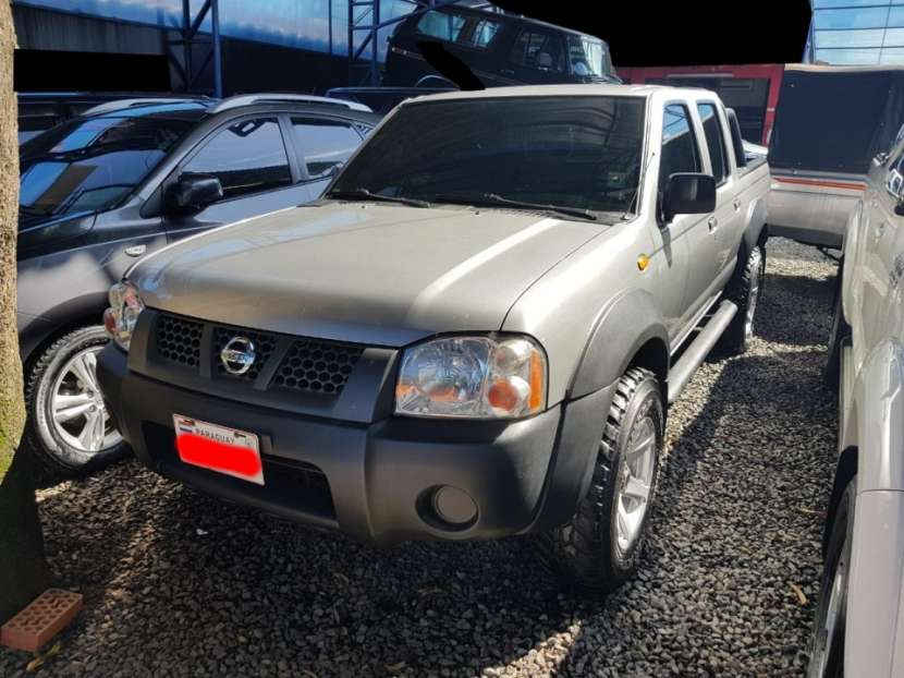 Nissan Frontier 2011 4x4 qd32 doble cabina