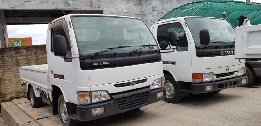 Nissan Atlas diésel recién importado