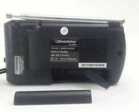 Rádio Portátil AM y FM Roadstar RS-60RD
