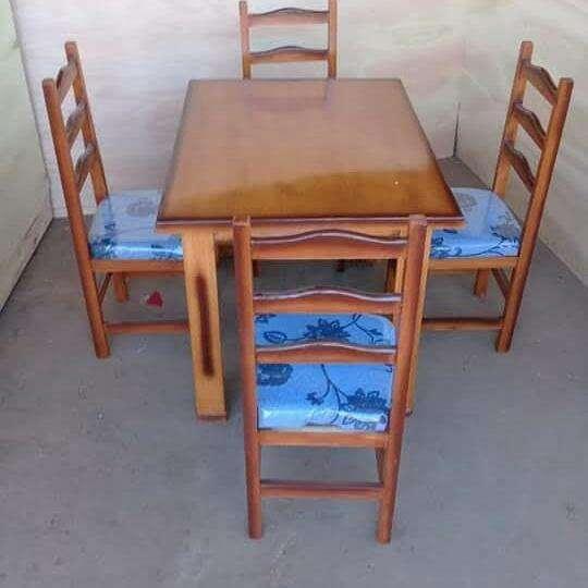 Comedor 4 sillas - 0