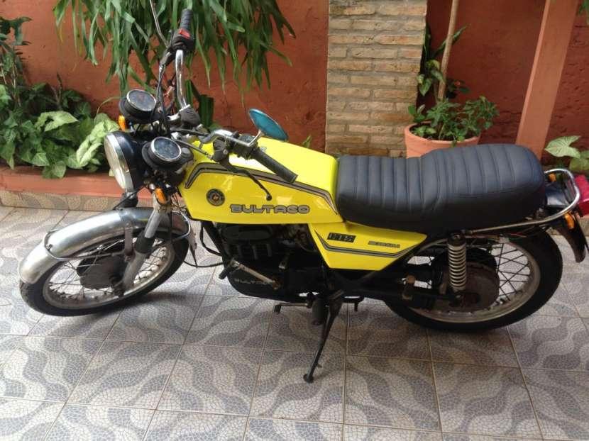 Bultaco Metralla 250 cc GTS 2 tiempos clásica de colección