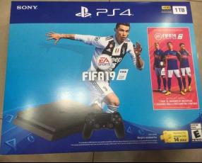 PlayStation 4 slim 2215B 1 TB con FIFA 19