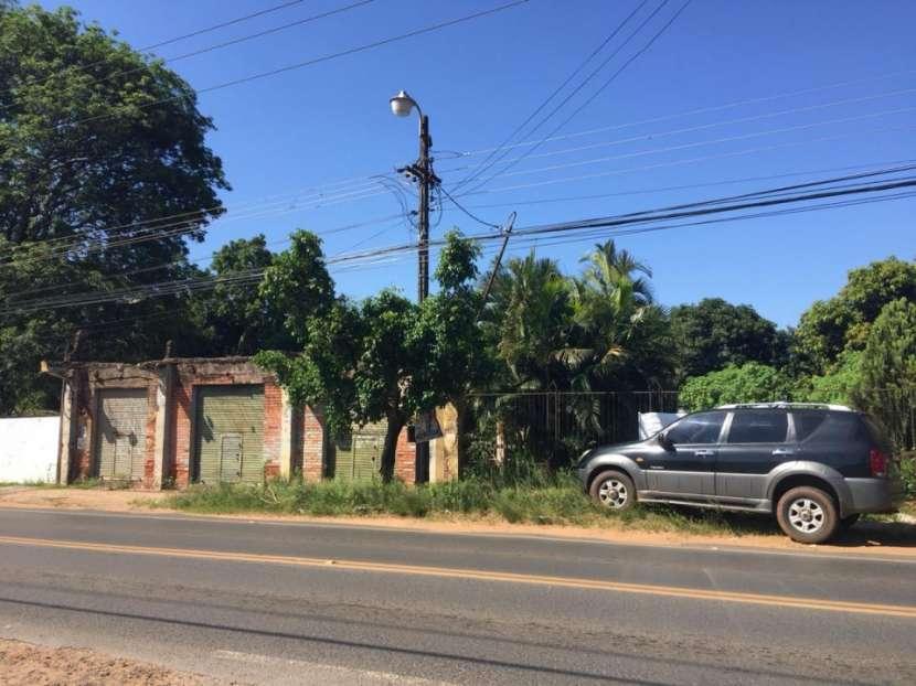 Terreno 800 m2 sobre avenida Las Residentas Luque Areguá - 1
