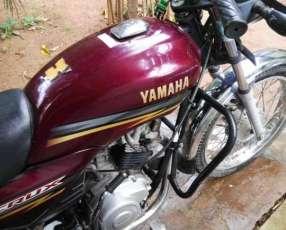 Moto Yamaha Crux 110 cc 2013