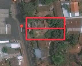 Terreno 800 m2 sobre avenida Las Residentas Luque Areguá