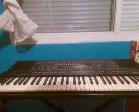 Piano yamaha psr-510