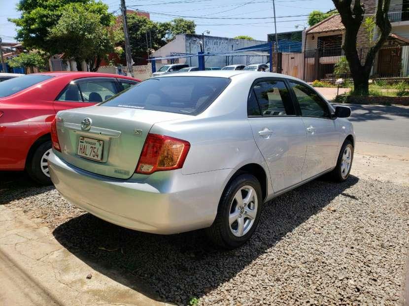 Toyota Axio 2007 naftero automático - 3