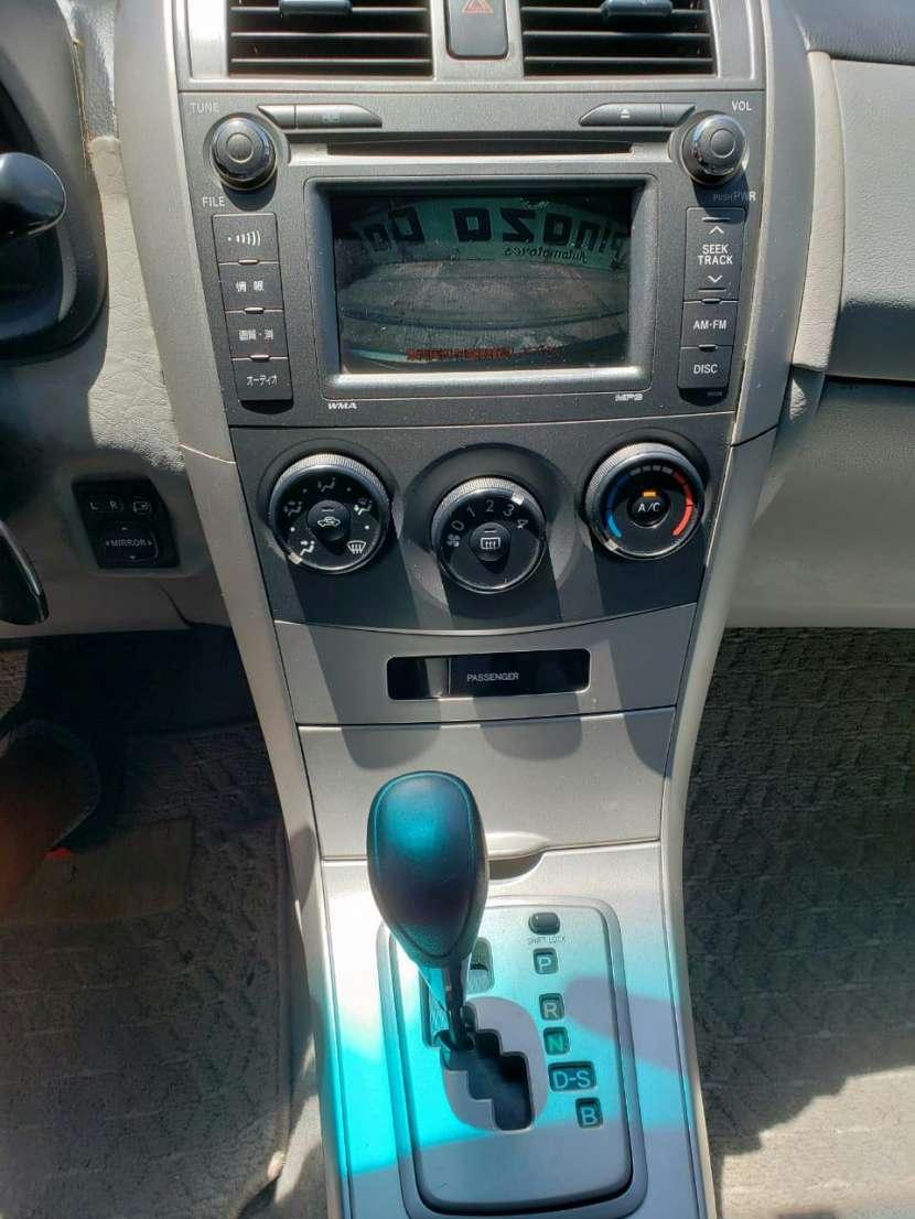 Toyota Axio 2007 naftero automático - 6