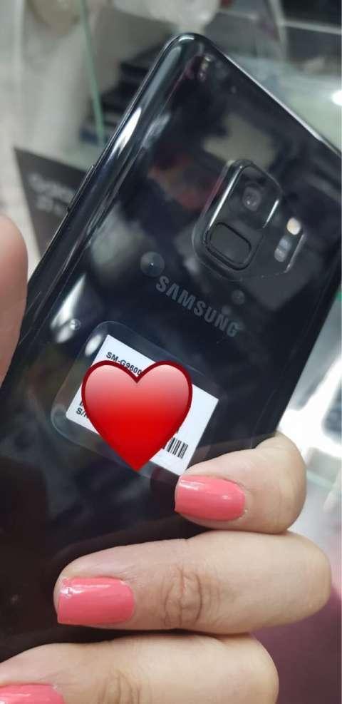 Samsung Galaxy S9 impecable con protector 360 - 0