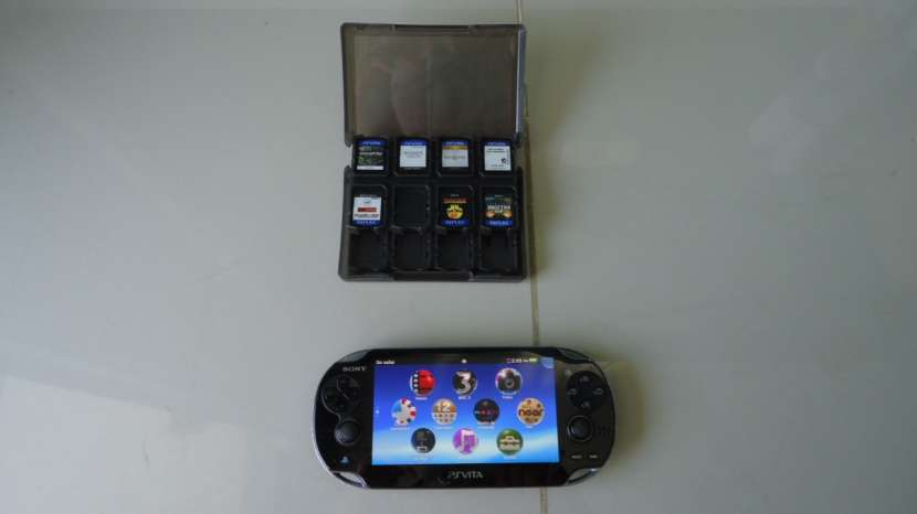PS Vita con 9 juegos